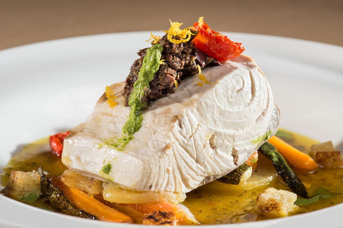©all copyright reserved by Firriato - Sua maesta il pesce 1 - Visite e degustazioni